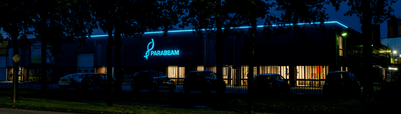 Led lichtreclame voor Parabeam - header