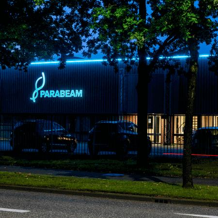Led lichtreclame voor Parabeam - portfolio 2
